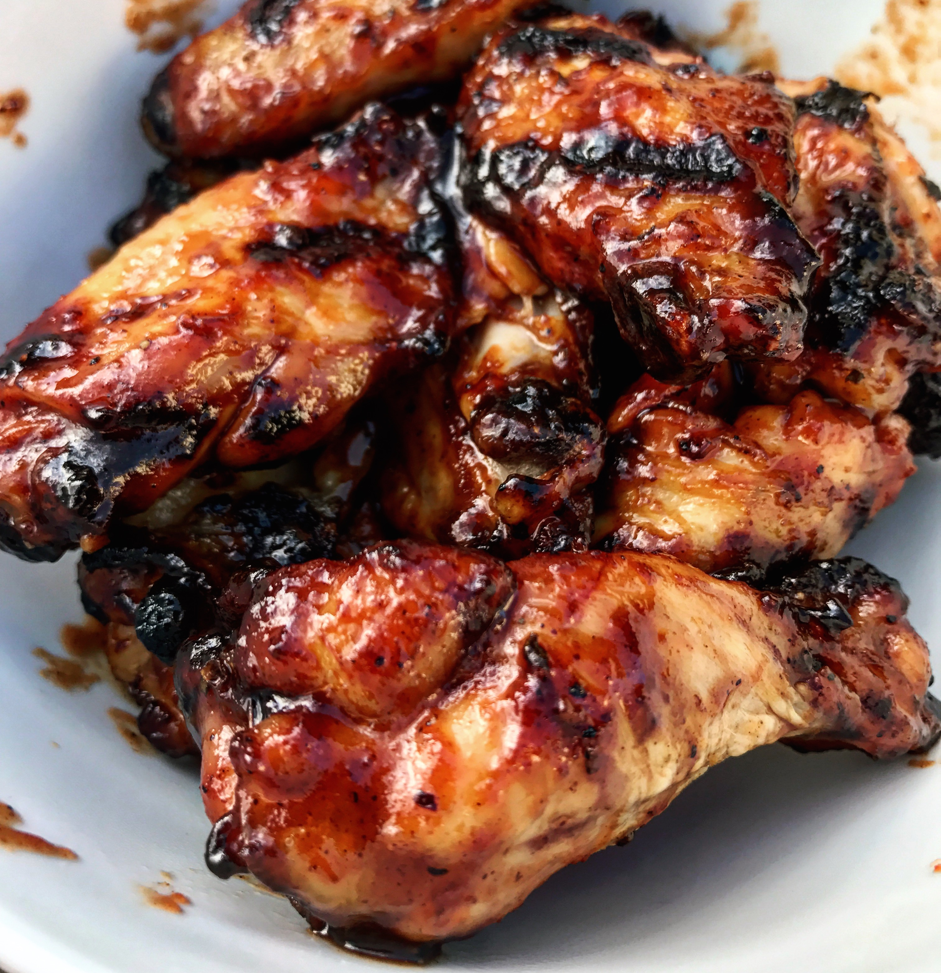 Smoked chicken wings ready for eating!